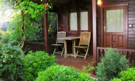 Ремонт венцов загородного дома: 4 основных способа