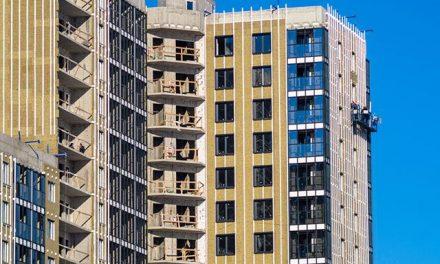 Доля риска. Что означает покупка жилья по 214-ФЗ и безопасна ли она?