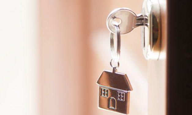 Ипотеку будет получить сложнее? Специалисты — о новых правилах ЦБ