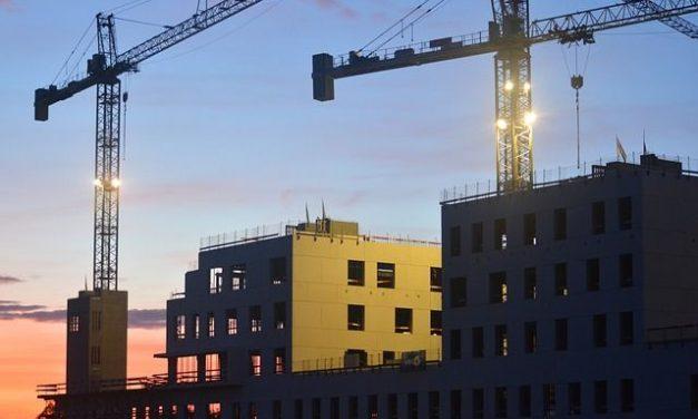 Минстрой хочет ускорить сроки подключения коммунальных сетей на новом жилье